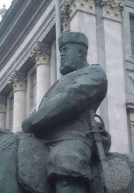 Изготовление памятников в санкт петербурге конных цена на памятники в туле ш